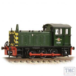 371-050C Graham Farish N Gauge Class 04 D2283 BR Green (Wasp Stripes)