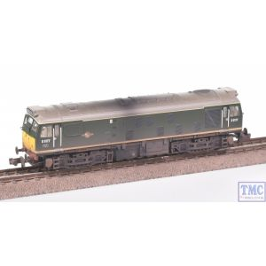 371-085A Graham Farish N Gauge Class 25/1 D5177 BR Green Weathered by TMC