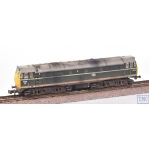 371-110 Graham Farish N Gauge Class 31 5826 BR Green Full Yellow Ends *DCC Fitted* with Deluxe Weathering by TMC (Pre-owned)