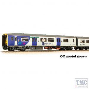 371-335 Graham Farish N Gauge Class 150/2 2-Car DMU 150275 Northern