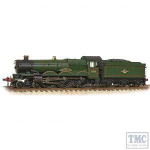 372-032 Graham Farish N Gauge GWR 4073 'Castle' 5070 'Sir Daniel Gooch' BR Lined Green (Late Crest)