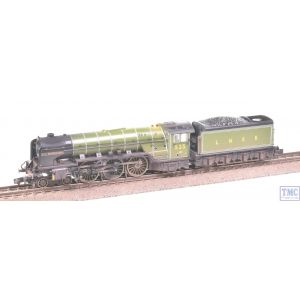 372-385 Graham Farish N Gauge Class A2 4-6-2 A H Peppercorn 525 LNER Apple Green Weathered by TMC