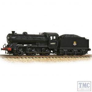 372-401A Graham Farish N Gauge LNER J39 with Group Standard 4200 Gallon Tender 64897 BR Black (Early Emblem)