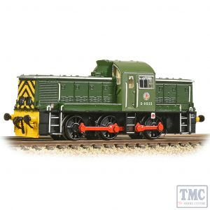 372-950A Graham Farish N Gauge Class 14 D9522 BR Green (Wasp Stripes)