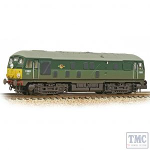 372-979A Graham Farish N Gauge Class 24/0 D5053 BR Two-Tone Green (Small Yellow Panels) - Weathered
