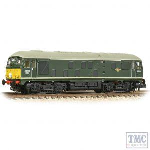372-981 Graham Farish N Gauge Class 24/0 D5100 BR Green (Small Yellow Panels)
