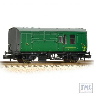 373-362A Graham Farish N Gauge BR Mk1 Horse Box BR (SR) Green