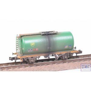 373-775C Graham Farish N Gauge BR 45T TTA Tank Wagon BP Green Weathered by TMC