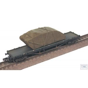 373-928 Graham Farish N Gauge 30T Bogie Bolster WD Khaki Green With Sheeted WW1 Tank Load - Includes Wagon Load