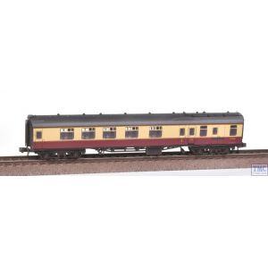 374-081A Graham Farish N Gauge BR Mk1 BCK Brake Corridor Composite Coach Crimson & Cream Weathered by TMC