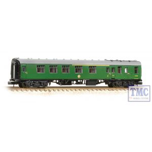 374-083A Graham Farish N Gauge BR Mk1 BCK Brake Corridor Composite (SR) Green