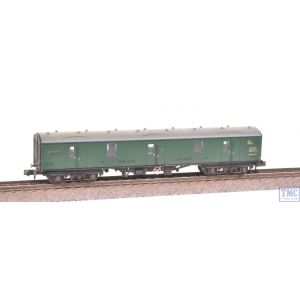 374-131A Graham Farish N Gauge BR Mk1 GUV (SR) Green Weathered by TMC