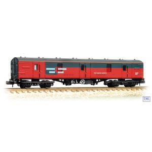 374-133 Graham Farish N Gauge BR Mk1 GUV Rail Express Systems
