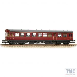374-611 Graham Farish N Gauge GWR Hawksworth Auto-Trailer BR Maroon