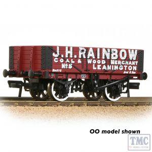 377-066 Graham Farish N Gauge 5 Plank Wagon Wooden Floor 'J. H. Rainbow' Red