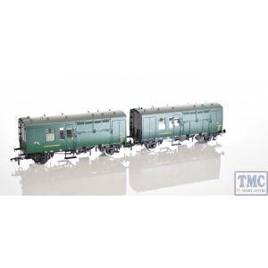 38-528Y Bachmann OO/HO Scale SR Green Horse Box S96402 & S96367 (Twin)