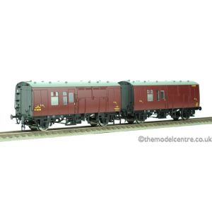 38-527YLTD Bachmann OO/HO Scale MR Maroon Horse Box M96300 & M96301 (Twin)