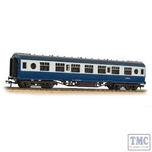39-452A Branchline OO Gauge LMS 57ft 'Porthole' Second Corridor BR Blue & Grey
