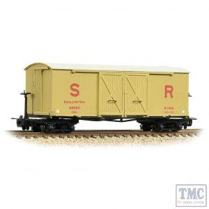 393-030 Bachmann OO9 Narrow Gauge Bogie Covered Goods Wagon SR Insulated