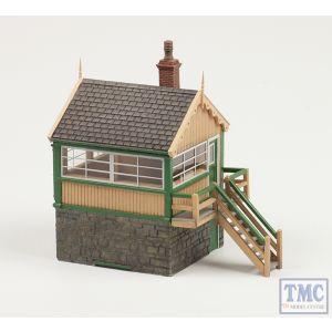 44-0042 Scenecraft OO Gauge Timber and Stone Signal Box