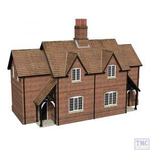 44-0098 Scenecraft OO Gauge Estate Cottages