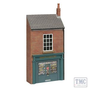44-0124 Scenecraft OO Scale Low Relief Lucston Sweet Shop
