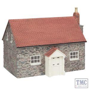 44-0132 Scenecraft OO Gauge Wigmore Farmhouse