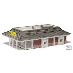 44-102 Scenecraft OO Gauge Drive Through Restaurant