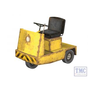 44-539 Scenecraft OO Gauge Platform Tractor Unit