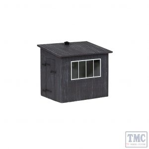 47-558 Scenecraft O Gauge Corrugated Metal Shed