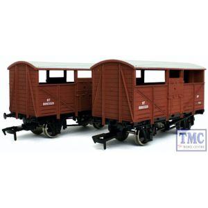 4F-020-027 Dapol OO Gauge Cattle Wagon Twin Pack BR B893520 & B893320
