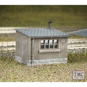 511 Ratio Wooden Lineside Huts (2) OO Gauge Plastic Kit