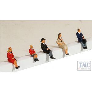 5301 Modelscene OO Gauge Passengers Seated