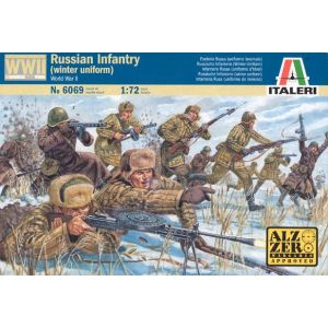 Italeri World War II Russian Infantry Winter Uniform Nr. 6069 1:72 (Pre owned) 46 Pieces (2 Pieces Missing)