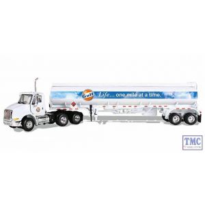 69-0290 First Gear 1:64 SCALE International 8600 'Gulf Oil' with 42' Fuel Tank Trailer