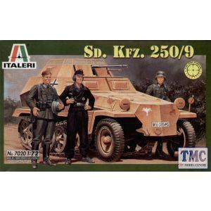 7020 Italeri 1:72 Sd. Kfz. 250/9 Model Kit (Pre owned)