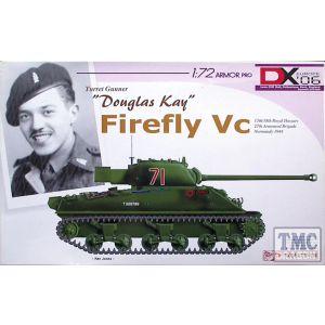 """Dragon 1:72 Sherman Firefly Vc  """"Douglas Kay"""" No 7300 (Pre owned)"""