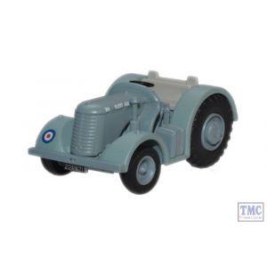 76DBT002 Oxford Diecast Royal Navy Fleet Air Arm David Brown Tractor 1/76 Scale OO Gauge
