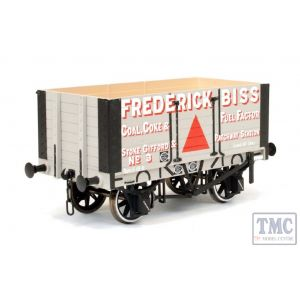 7F-072-003 Dapol O Gauge 7 Plank Wagon 9ft Wheelbase Two Door Frederick Biss 3