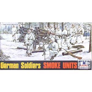 ESCI German Soldiers Smoke Units Nr. 8033 1:72 (Pre owned)
