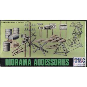 ESCI Diorama accessories  Nr. 8060 1:72 (Pre owned)