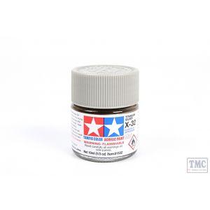 81532 Tamiya Acrylic Mini Paint X - 32 Titan. Silver