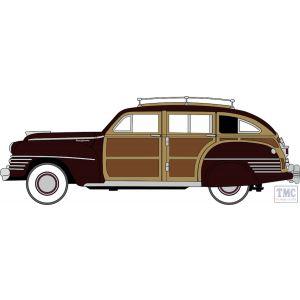 87CB42001 Oxford Diecast HO Gauge 1:87 Scale Chrysler T & C Woody Wagon 1942 Regal Maroon