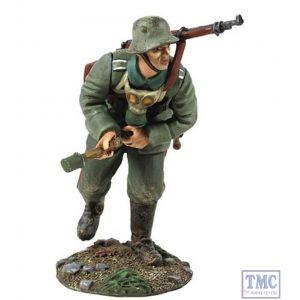 B23055 W.Britain 1916-18 German Infantry Pulling Grenade Primer World War I Collection