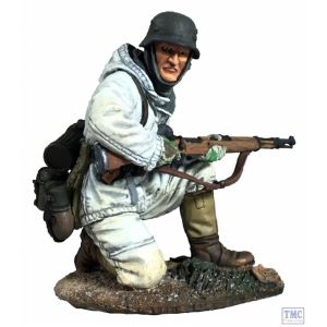B25049 W.Britain German Volksgrenadier in Parka Kneeling with K-98 No.1 - WW11
