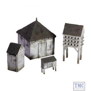 B51038 W.Britain 19th Century American Farm Outbuilding Set 1 Tactical Scenes Collection