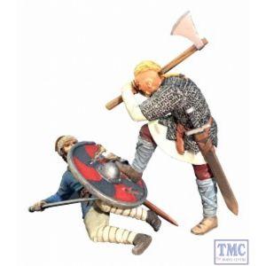 B62122 W.Britain -Overwhelmed- Viking Striking Downed Saxon 2 Piece Set - Wrath of the Northmen