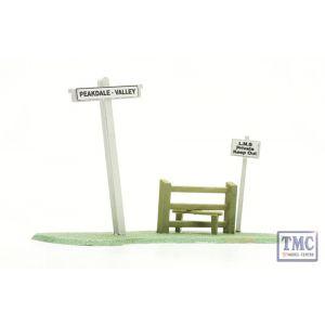 C078 Dapol OO Gauge Signpost And Stile Plastic Kit