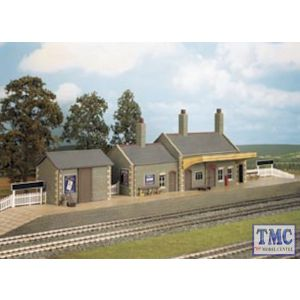 CK17 Wills Country Station Stone Built Plastic Kit Crafstman Series OO Gauge