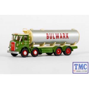 E13204 OO Gauge Atkinson 4 Axle Round Tanker Bulwark Exclusive First Edition (EFE)